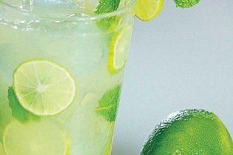 """7 loại thức uống giúp bạn """"chống chọi"""" với nắng ..."""