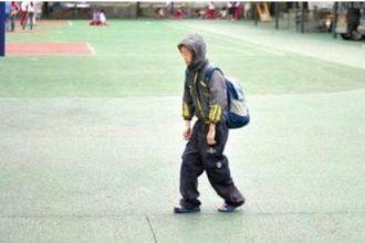 Cậu bé bốn mùa mặc áo khoác và nguyên nhân ...