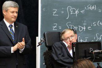 """Tuyên bố """"động trời"""" của Hawking: Chúa không tạo nên ..."""