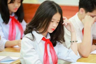 """Linh Ka đăng đàn xin lỗi sau phát ngôn """"mua ..."""