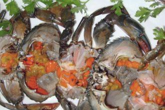 Ăn hải sản nên cẩn thận với cua bơm hóa ...
